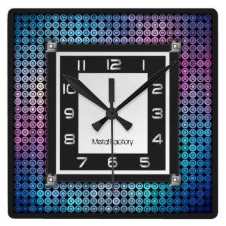 Reloj de pared del mosaico y del metal