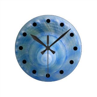 Reloj de pared determinado del baño del Seashell