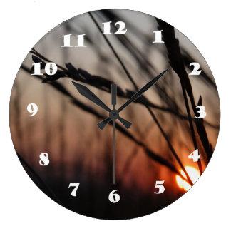 Reloj de pared (grande) redondo de oro de Sun de