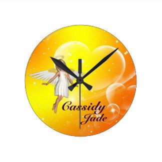 Reloj de pared personalizado del ángel - corazones