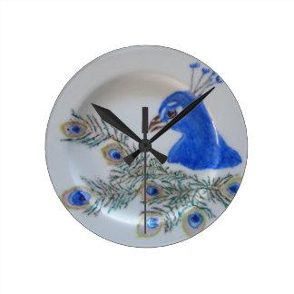 Reloj de pared pintado a mano del pavo real