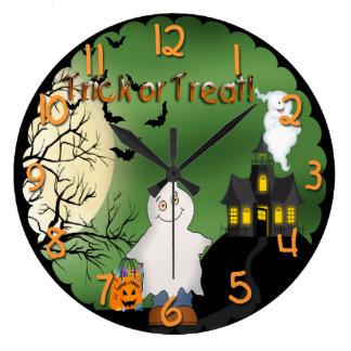 Reloj de pared redondo del fantasma del muchacho
