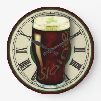 Reloj de pared valiente irlandés divertido