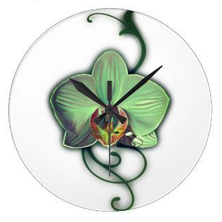 Reloj de pared verde del diseño de la orquídea
