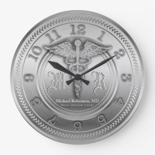 Reloj de plata de encargo de la clínica médica d