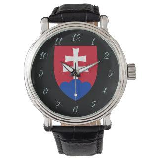 Reloj De Pulsera Brazos eslovacos de la capa