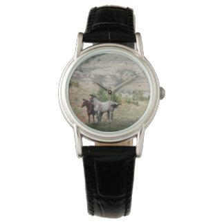 Reloj De Pulsera Caballos salvajes del parque nacional de Theodore