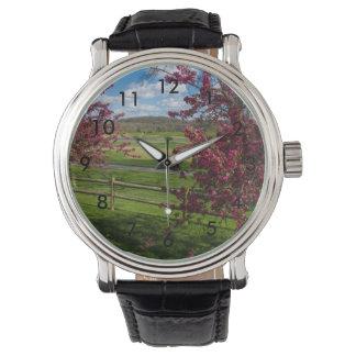 Reloj De Pulsera Día de primavera en Rivercut