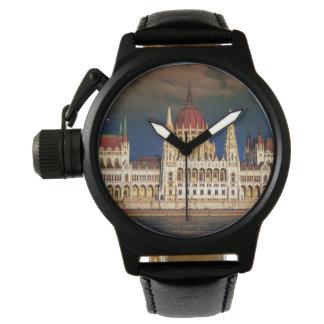 Reloj De Pulsera Edificio húngaro del parlamento en Budapest,