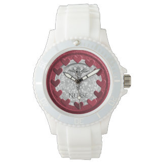 Reloj De Pulsera El RN cuida corazones de cuidado del símbolo del