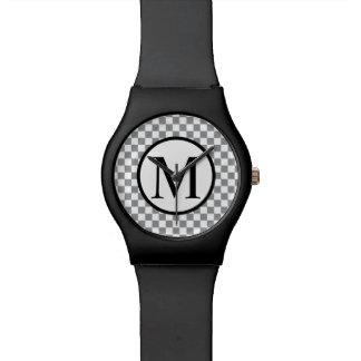 Reloj De Pulsera Monograma simple con el tablero de damas gris