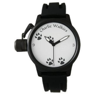 Reloj De Pulsera Plantilla de las huellas del perro