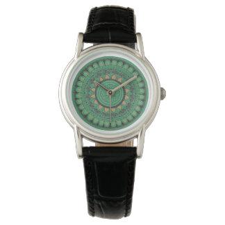 Reloj De Pulsera Verde y mandala del oro