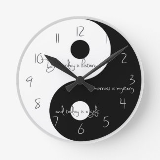 Reloj de Ying y de yang