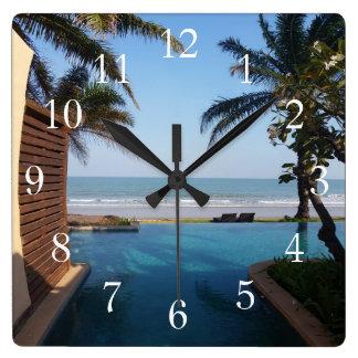 Reloj del balneario de Tailandia