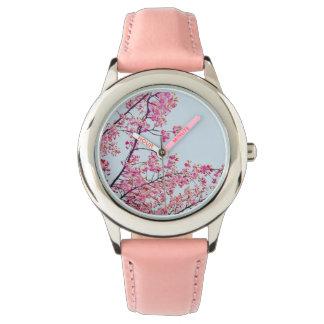 Reloj del rosa de las flores de cerezo