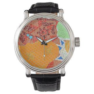 Reloj el faience de las tejas de mosaico roto junta las