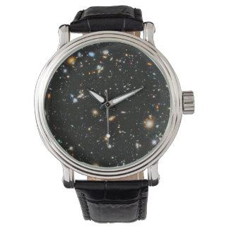 Reloj Estrellas en el espacio - campo ultra profundo de