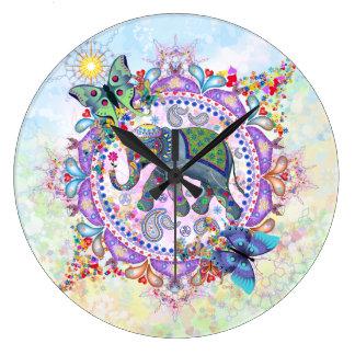 Reloj grande del elefante tribal sagrado de la