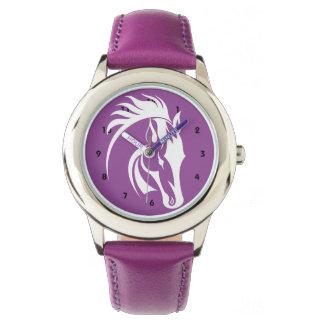 Reloj hermoso del diseño del caballo
