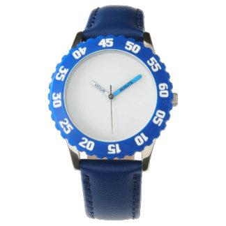Reloj inoxidable del azul de acero con el bisel