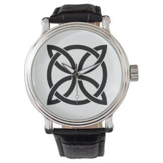 Reloj irlandés pagano del nudo del símbolo antiguo