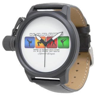 Reloj Karate fresco es una manera de vida