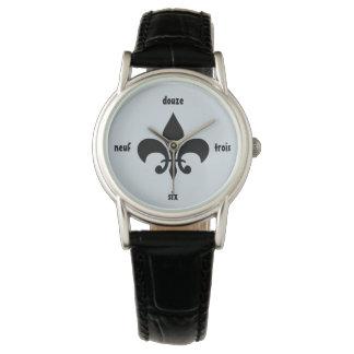 Reloj numérico francés de Luisiana de la flor de