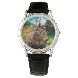 Reloj Oso grizzly grande y paisaje hermoso de las