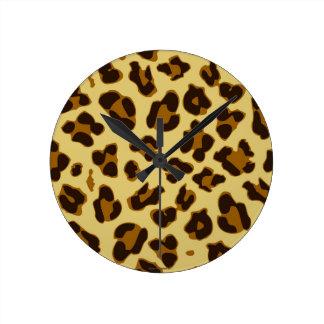Reloj redondo del modelo del estampado de animales