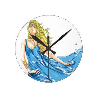 Reloj redondo elemental del duende del agua de la