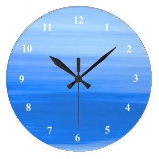 Reloj Redondo Grande Agua azul clara con las sombras suaves de colores