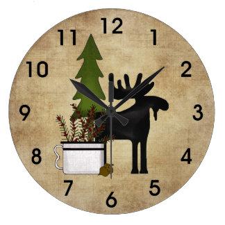 Reloj Redondo Grande Alces rústicos de la silueta de la montaña del