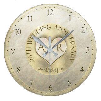 Reloj Redondo Grande Aniversario de boda del monograma del corazón del