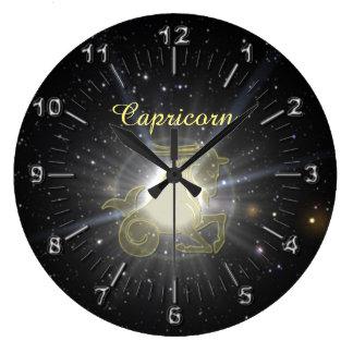 Reloj Redondo Grande Capricornio brillante