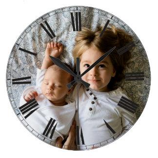 Reloj Redondo Grande Cree su elegante con clase gris de la foto de