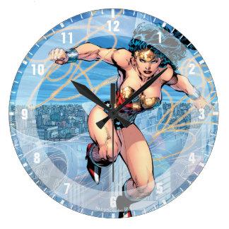 Reloj Redondo Grande Cubierta cómica #16 de la trinidad de la Mujer