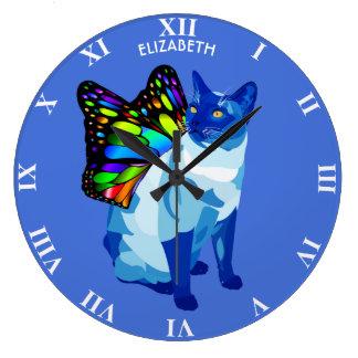 Reloj Redondo Grande El gato psicodélico azul con la mariposa se va