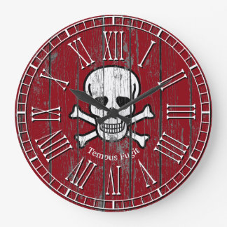 Reloj Redondo Grande La bandera pirata del cráneo resistida personaliza