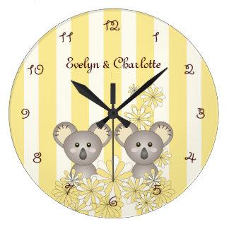 Reloj Redondo Grande La koala animal gemela linda de la raya amarilla