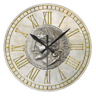 Reloj Redondo Grande Lira italiana del vintage en el yeso