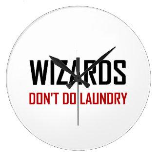 Reloj Redondo Grande Los magos no hacen el lavadero
