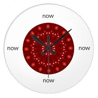 """Reloj Redondo Grande Mandala marrón roja del caleidoscopio """"ahora """""""