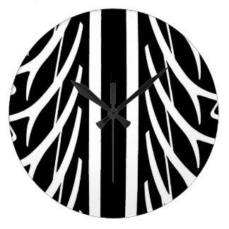 Reloj Redondo Grande Modelo del neumático en blanco y negro