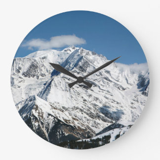 Reloj Redondo Grande Mt. Blanc con las nubes