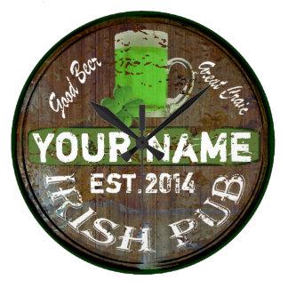 Reloj Redondo Grande Muestra irlandesa personalizada del pub