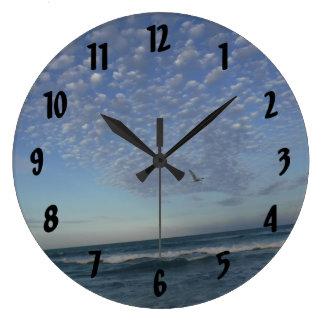 Reloj Redondo Grande Nubes de la playa