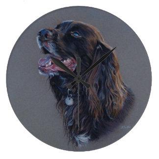 Reloj Redondo Grande Perro de Engish cocker spaniel. Pintura de la