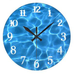 Reloj Redondo Grande Piscina azul en blanco