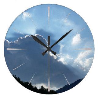 Reloj Redondo Grande rayos y nubes